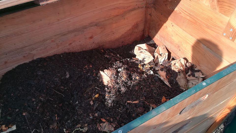 Atelier Compost et montage de lombricomposteur @ A tout venant-Ressourcerie gaillarde
