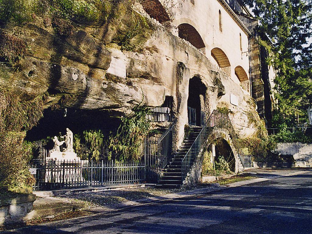 Rendez-vous aux grottes de Saint Antoine @ Devant le Portail des grottes de Saint Antoine