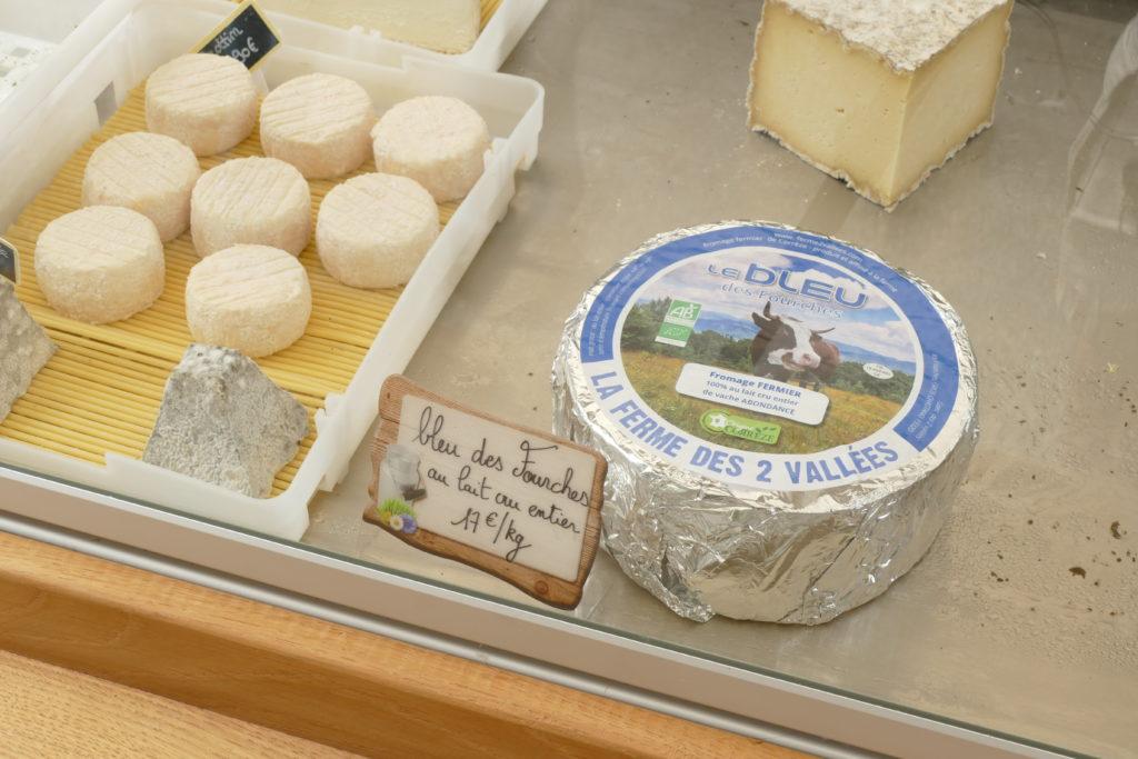 fromages de vahce et brebis bio  petit marché bio d'Argentat