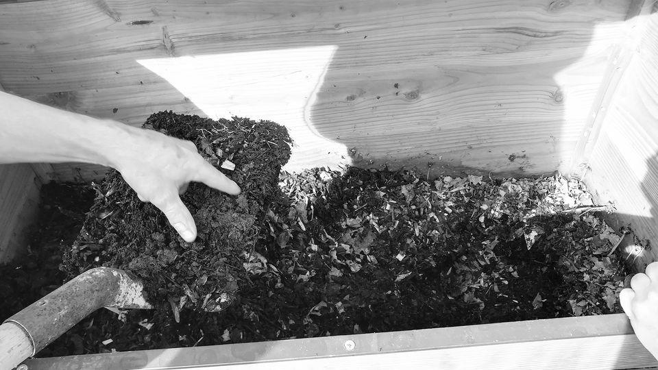 Atelier Compost et fabrication d'un lombricomposteur @ Ressourcerie Gaillarde