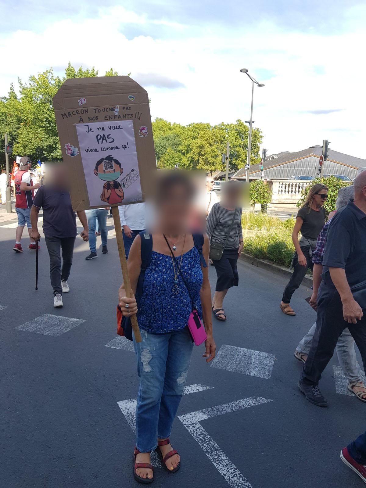 manifestation NON AU PASSE SANITAIRE A BRIVE le samedi 11 septembre 2021