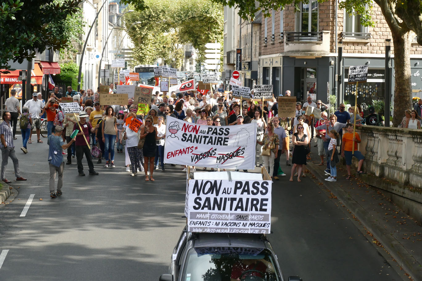 manif non au pass sanitaire 4 septembre 2021